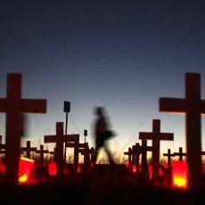 """El inevitable fracaso de los """"sepultureros"""""""