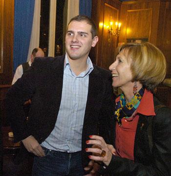 La lucha fratricida entre UPyD y Ciudadanos, un mal ejemplo para los demócratas