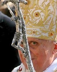 """Reprobar al Papa: la última """"burrada"""" de la mal llamada """"democracia española"""""""