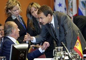 Los españoles, abandonados y traicionados por los grandes poderes