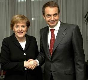 "La ""República bananera"" de Zapatero preocupa seriamente a Europa"