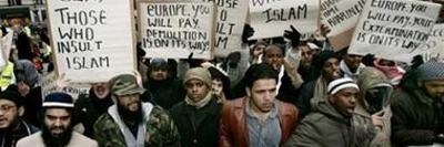 Europa empieza a defenderse de la invasión islamista