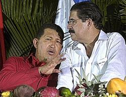 El depuesto Zelaya y Chávez