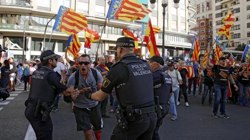 Valencia se está pudriendo, como Cataluña