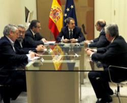 El poder oculta la verdad en España