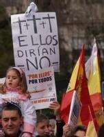 REGENERACIÓN DEMOCRÁTICA: NO BASTA CON ELIMINAR LAS LISTAS CERRADAS Y BLOQUEADAS