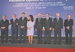 Ineptos y payasos invaden y devalúan la cumbre Europa-Latinoamérica-Caribe