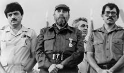 Sergio Ramírez con Fidel y Daniel Ortega