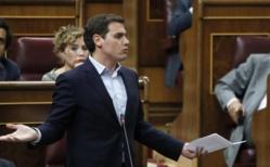 Rivera está cabreado con Rajoy y juega fuerte