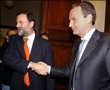 Zapatero se desgasta peligrosamente