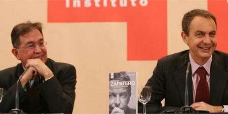 Zapatero y Suso en la presentación del libro Madera de Zapatero