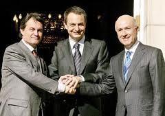 Zapatero, miserable, intenta mantenerse en el poder contra la voluntad popular y con la ayuda de partidos antiespañoles