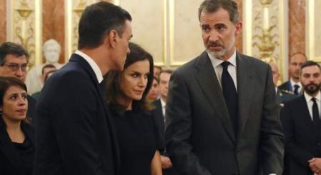 El rey Felipe afea a Pedro Sánchez su comportamiento
