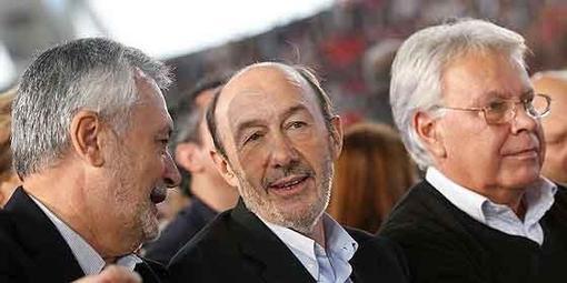 """Como en la película """"Los otros"""", de Amenabar: Zapatero, Rubalcaba, Chaves y muchos otros socialistas están muertos, pero ellos no lo saben"""