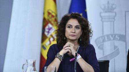 La ministra Montero y su obsesión por subir los impuestos provocarán la caída de Pedro Sánchez, el 10 de noviembre