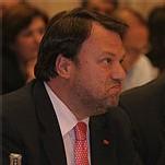 Sevilla: ¿Es democráticamente correcto apoyar a un alcalde impopular?