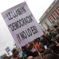 España necesita instaurar la democracia de una vez