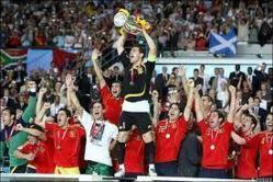 Las dos caras de la moneda española: fútbol de éxito y política de fracaso