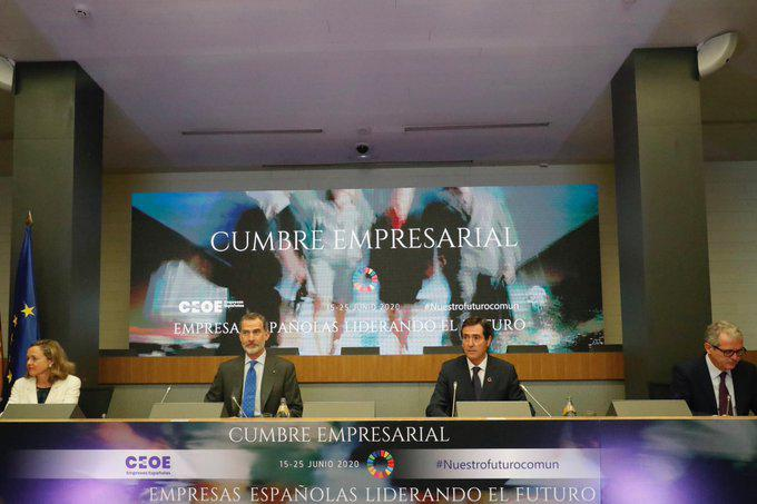 El rey clausura el Foro de la CEOE, donde las grandes empresas expresaron su preocupación por la deriva de España