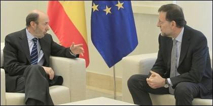 """Los partidos políticos son el """"enemigo público número uno"""" de España"""