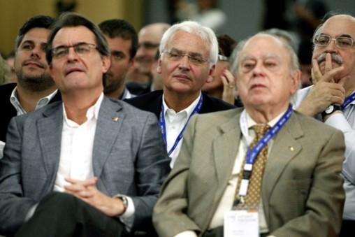 Catalanes millonarios pilotan la independencia