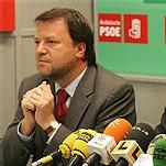 El actual alcalde de Sevilla, a pesar de su impopularidad, podría repetir mandato