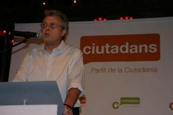 Mario Acosta, el 'hombre' de Ciutadans en Andalucía: 'Es toda la nación la que necesita una cura de urgencia'