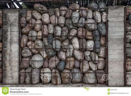 Monumento a los torturados y encerrados en los campos de prisioneros de la URSS