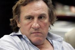 ¡La huida indignada de Depardieu!