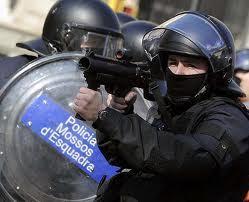 Los españoles son ya protagonistas de los chistes de cobardes en todo el mundo