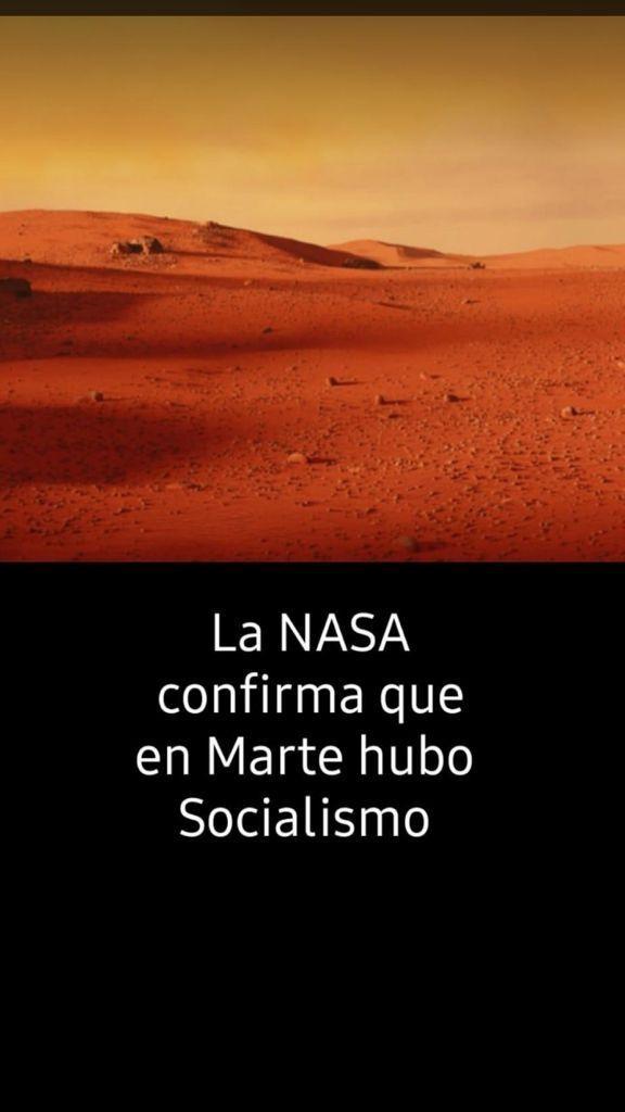 El desolado paisaje de Marte es como si ese planeta hubiera sido gobernado por el comunismo. Una de las muchas imágenes anticomunistas que circulan por España, un país angustiado por el avance en su seno de esa doctrina terrible.