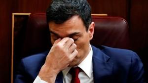 Pedro Sánchez, abrumado por su fracaso