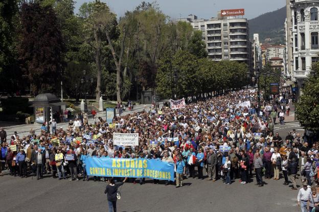 Una de las muchas manifestaciones ciudadanas contra el injusto y cruel Impuesto a las herencias
