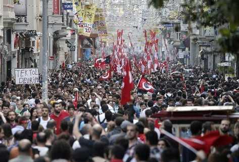 Turquía: nuevo capítulo de la III Guerra Mundial, la que enfrenta a ciudadanos con sus gobiernos