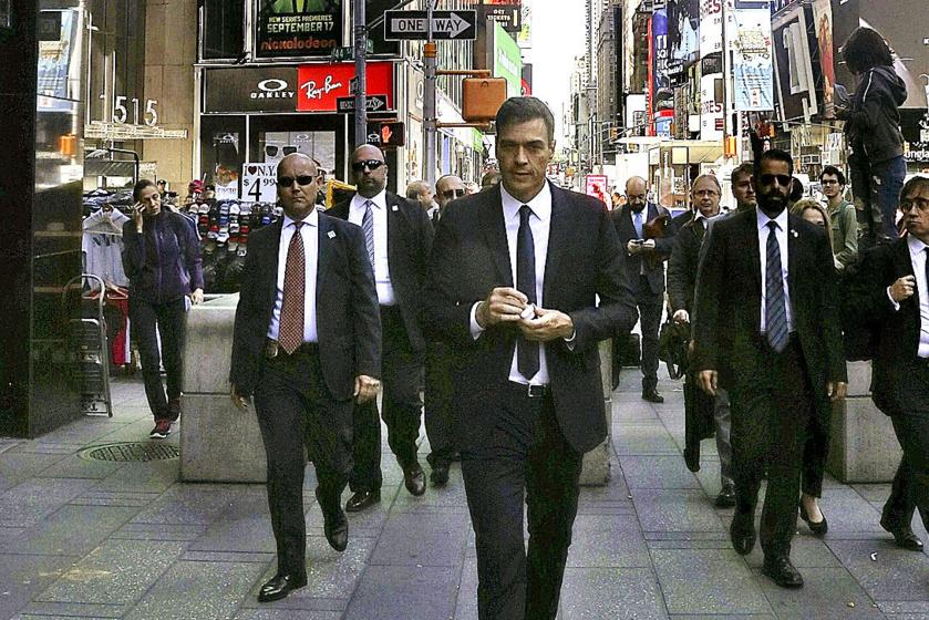 """El viaje de Pedro Sánchez a los USA y su paseo por Nueva York, rodeado de guardaespaldas, han sido calificados de """"fracaso"""" y """"cateto"""" por numerosos medios de prensa no comprados ni sometidos"""