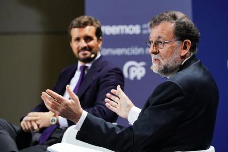 En lugar de apartarse de un Rajoy que engañó y decepcionó a muchos votantes de derecha, Casado reivindica su legado, acumulando así error tras error en su política