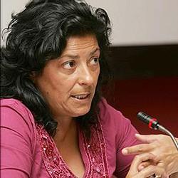Carta abierta a Almudena Grandes 'La fusiladora'