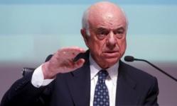 El presidente del BBVA acusa a la clase política de haber causado la crisis