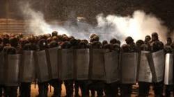 Defender al sátrapa o al pueblo: conflicto de lealtad en los cuerpos policiales y el Ejército