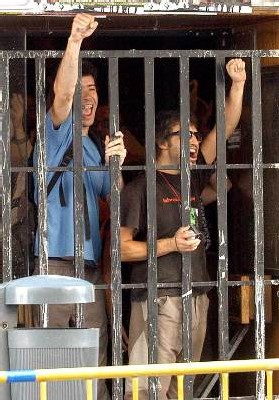 El fascismo rojo irrumpe amenazante en la sociedad española