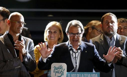 ¿Ha merecido la pena la conmoción catalana? Artur Mas, el gran perdedor, debe dimitir