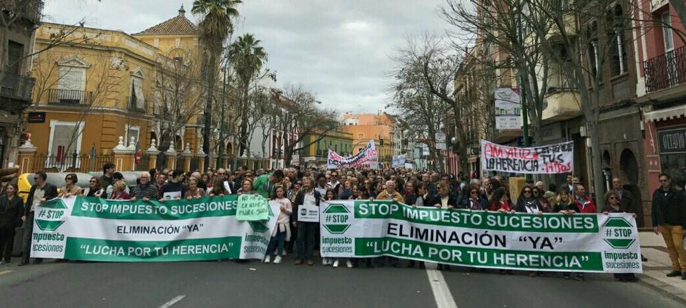 Manifestación en Granada por el derecho a heredar sin ser expoliado por la Junta