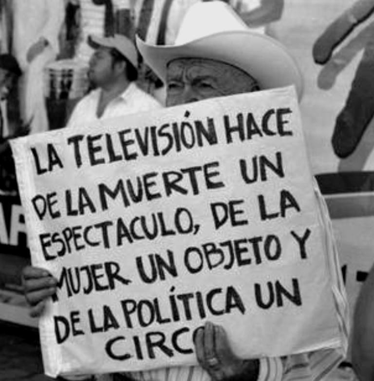 La televisión es utilizada por el poder como fábrica de esclavos