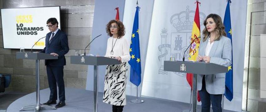Ministros anunciando medidas enloquecidas que asesinarán a miles de empresas españolas