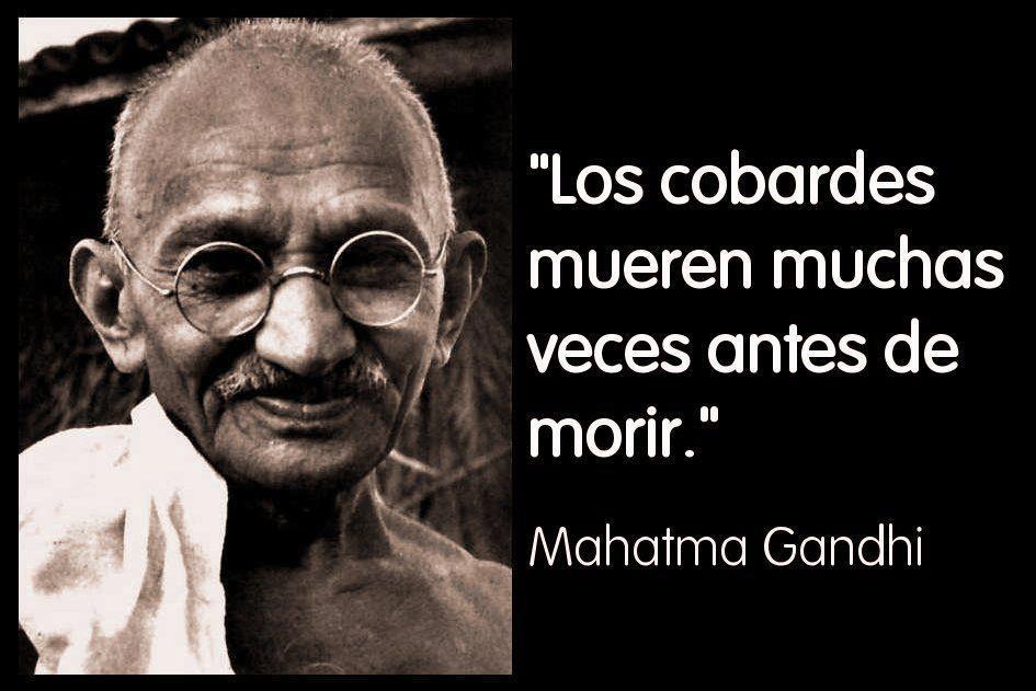 Algún día descubriremos que los cobardes, junto con los políticos, fueron los principales causantes de la ruina de España