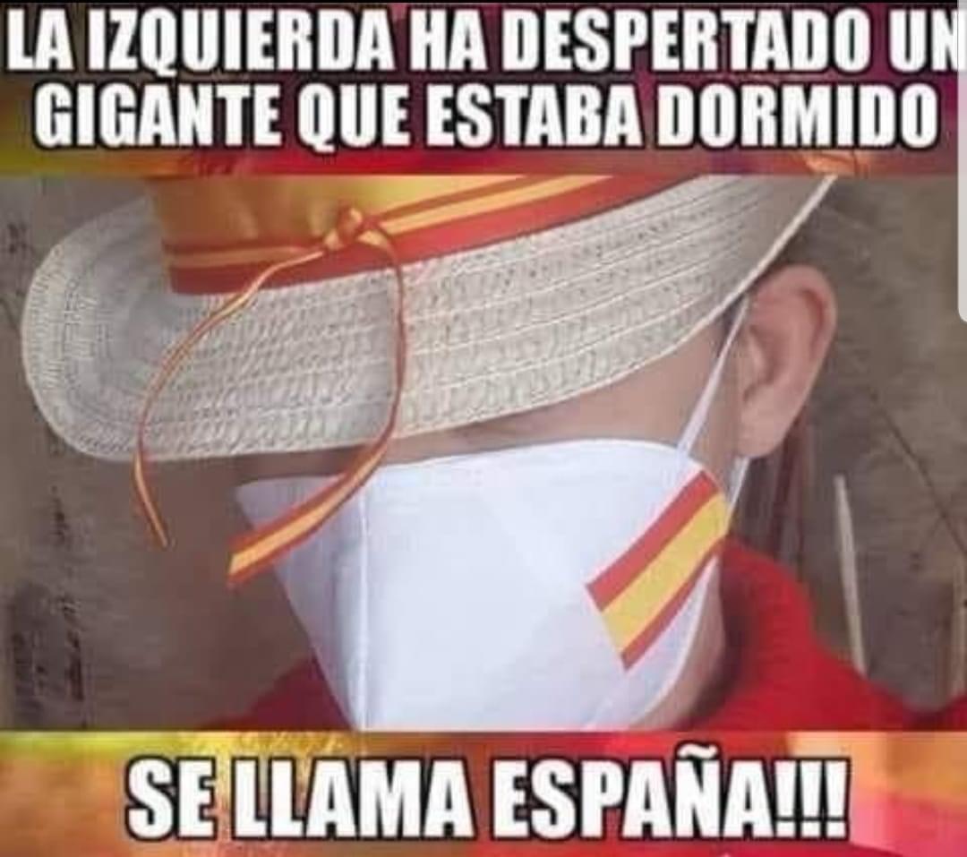 Sánchez e Iglesias provocan el resurgir del patriotismo