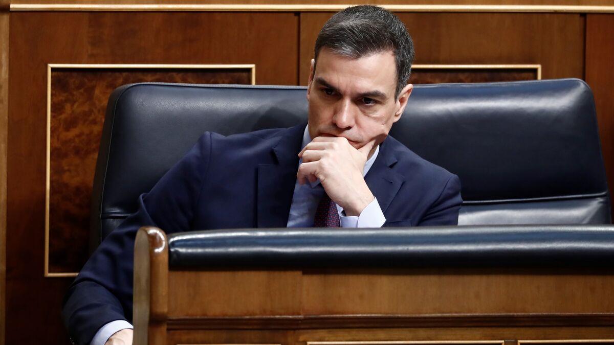 A Pedro Sánchez se le caen los disfraces en Europa y ya se le ve como un tirano