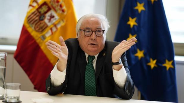 Castells, el ministro marmota, casi siempre en hibernación, dice que el esfuerzo y la disciplina son valores aristocráticos que hay que eliminar