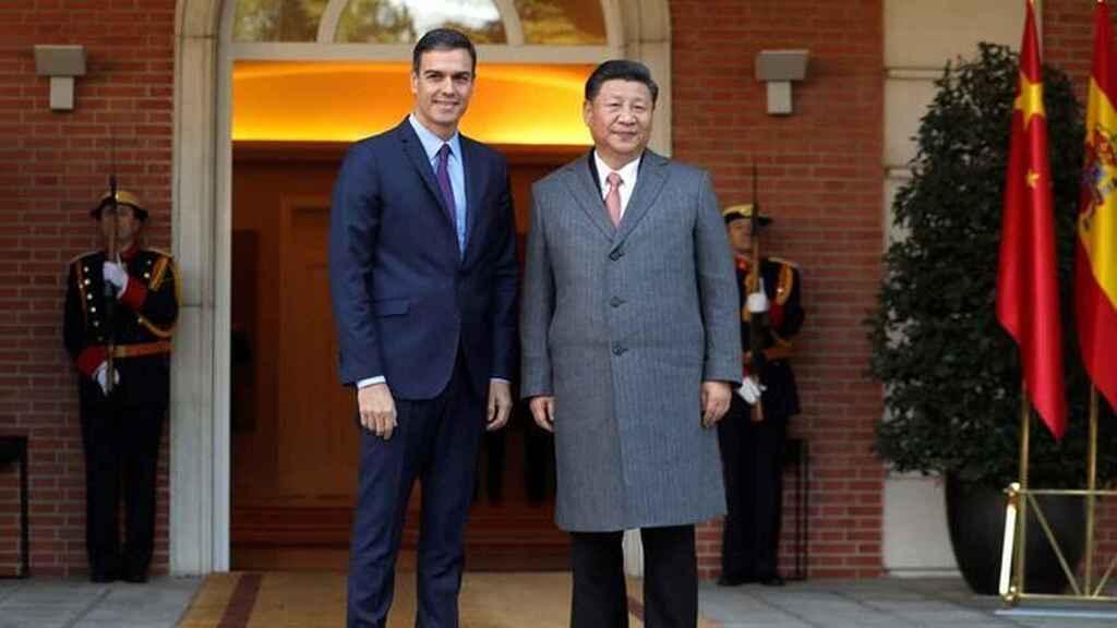 El maestro chino en tiranía y el alumno español