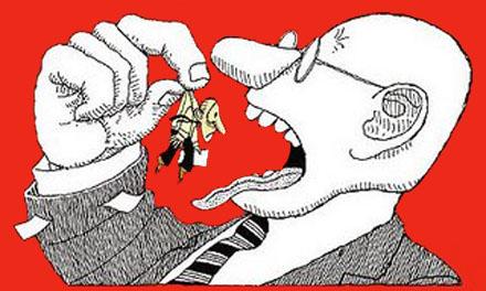 Los políticos, como los etarras, deben pedir perdón al pueblo español